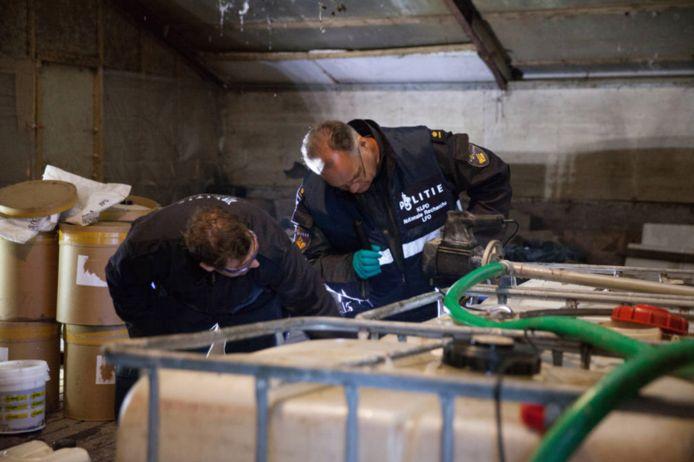 Het drugslab was nog in werking toen agenten het aantroffen.