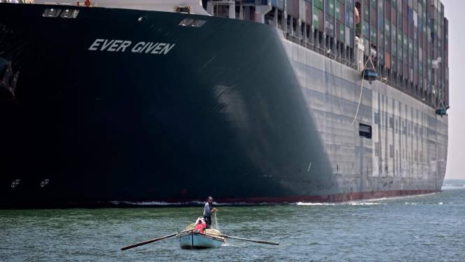 Containerschip Ever Given komt eindelijk aan in Rotterdam