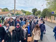 Asielzoekers kraken al 7 maanden huis Franse wijnboer: stad komt in opstand