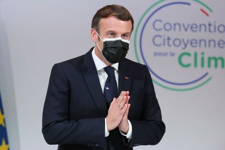 President Macron tijdens een burgerconventie voor het klimaat maandag. Beeld AP
