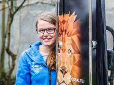 Kimberley Bos glijdt met 140 kilometer per uur op Olympische Spelen af