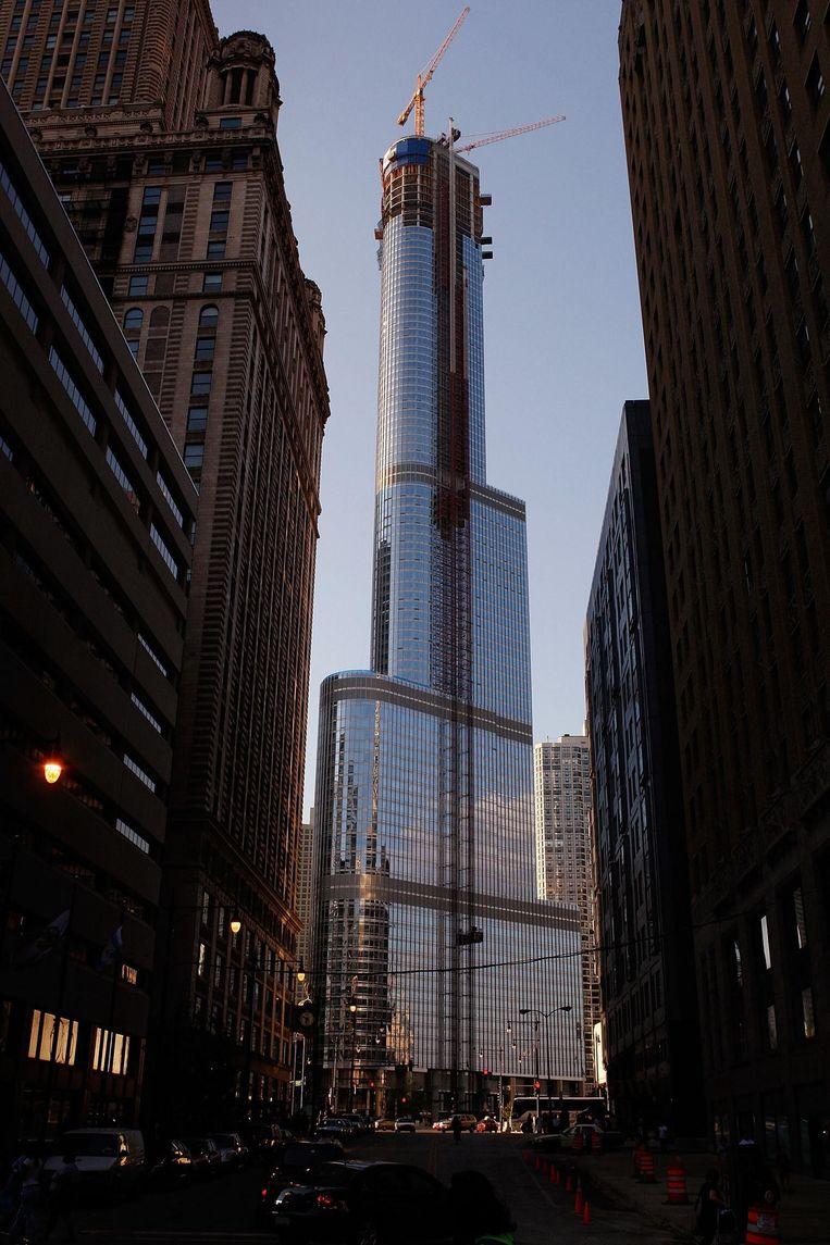 De Trump Tower in Chicago in 2008 in aanbouw.  Beeld AFP