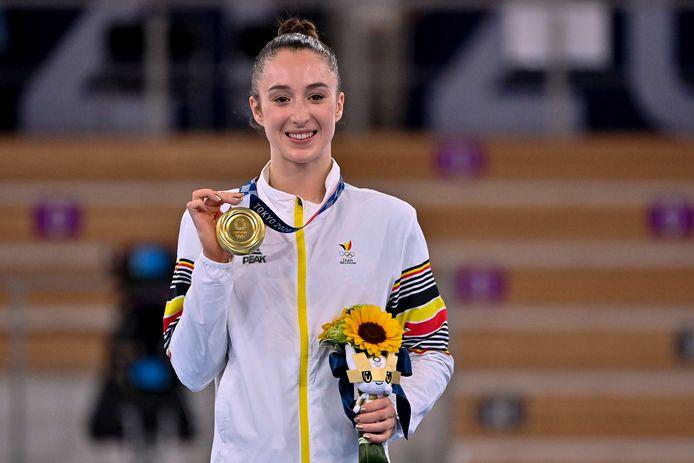 Nina Derwael met haar gouden plak.