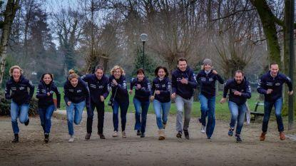 """VIDEO: Twaalf maten lopen 300 kilometer tegen kanker: """"20.757,76 euro ingezameld"""""""