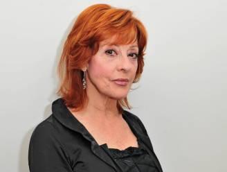 """Liliane Saint-Pierre (72) laat in haar portemonnee kijken: """"Ik heb niks van spaargeld"""""""
