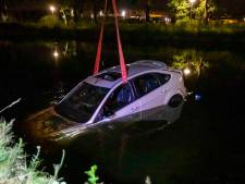 In Deurne gestolen auto gevonden in water bij Kanaaldijk in Eindhoven