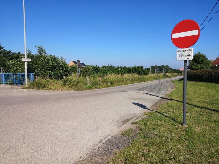 De Spoorwegstraat in de stationsbuurt van Heist