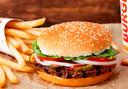 Burger King brengt de vegetarische hamburger 'Rebel Whopper' op de markt.
