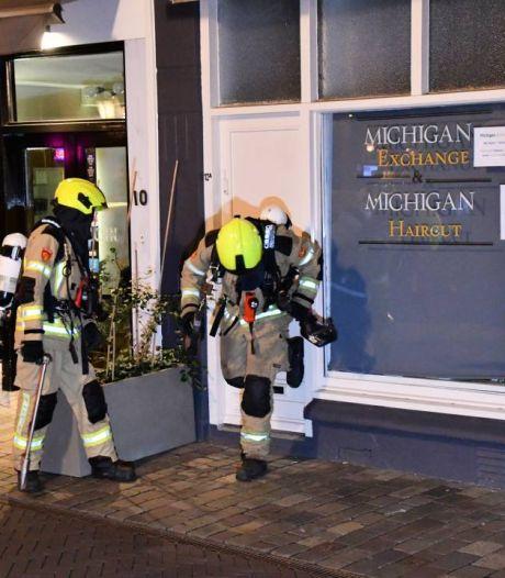 Brand onder dak woning in Koningstraat Goes