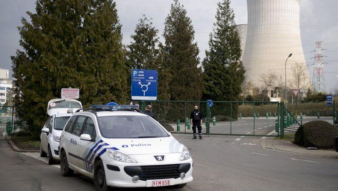 De politie ontruimde de kerncentrale van Tihange vlak na de aanslagen op dinsdag 22 maart.