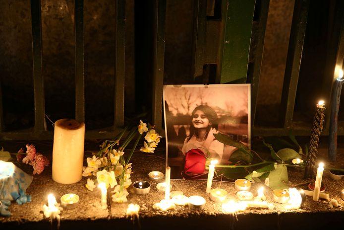 Un hommage a été adressé aux victimes de l'avion, à Téhéran