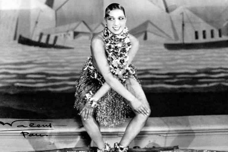 Baker danst de charleston in de Parijse Folies Bergère, in 1926. Beeld rv