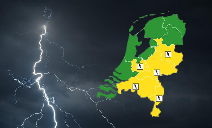 Het KNMI waarschuwt met code geel voor onweersbuien.