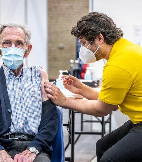 Tientallen ouderen met afspraak toch zonder prik weggestuurd; GGD maakt excuses