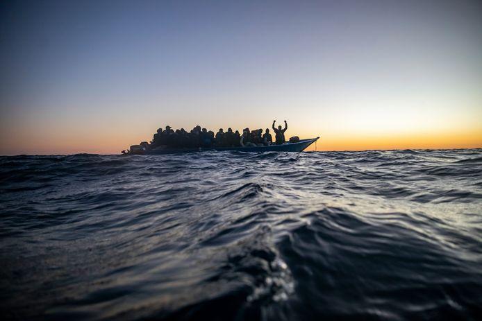 Elk jaar wagen duizenden migranten hun leven bij de oversteek vanuit Tunesië en Libië (Archiefbeeld)