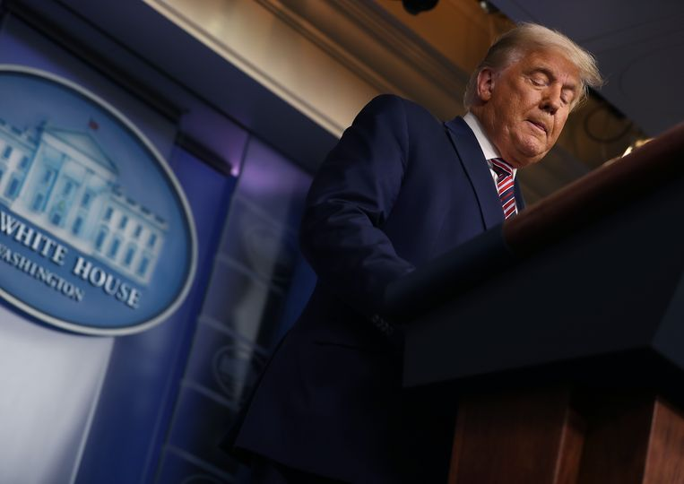 Donald Trump gisteren tijdens zijn toespraak over de verkiezingen in het Witte Huis.   Beeld Getty Images