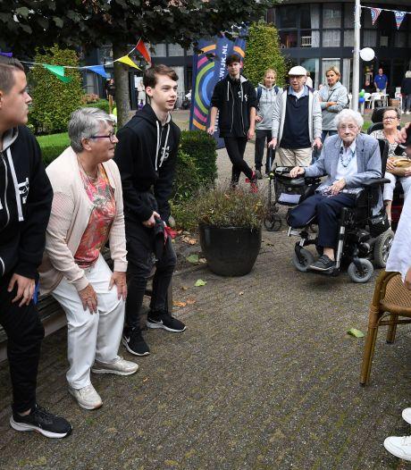 Hoe hou je ouderen in beweging? Antoniushof in Waalwijk heeft nieuwe beweegroute