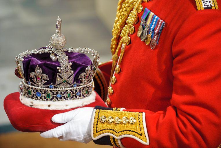 De kroon van Koningin Elizabeth ll, met de Indiase diamant koh-i-noor. Beeld AP