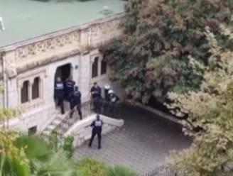 Straffe beelden tonen moment dat politie Notre Dame-basiliek in Nice bestormt