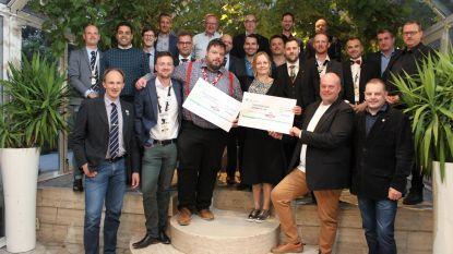 Serviceclub Ronde Tafel 85 schenkt 6.000 euro aan goede doel