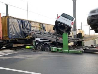 Na twee zware ongevallen met goederentrein: Infrabel bekijkt of extra signalisatie nodig is aan spooroverwegen