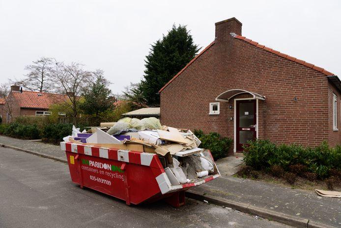 De Alliantie wil onder meer aan de Vinkenbaan woningen slopen. De bewoners zijn daar tegen en vinden nu een aantal politieke partijen aan hun zijde.