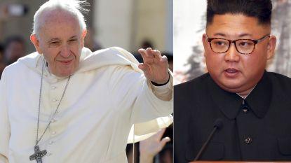 """Kim Jong-un hoopt dat de paus Noord-Korea bezoekt: """"Ik zal hem met enthousiasme ontvangen"""""""