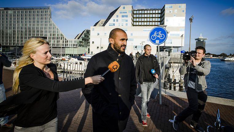 Badr Hari bij het Paleis van Justitie na afloop van de uitspraak van het hoger beroep in zijn zaak. Beeld anp