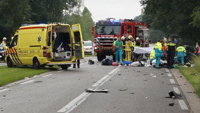 Bij het ongeluk kwam de 4-jarige Lennart uit Stolwijk om het leven en raakten zijn vader en zusje zwaargewond.