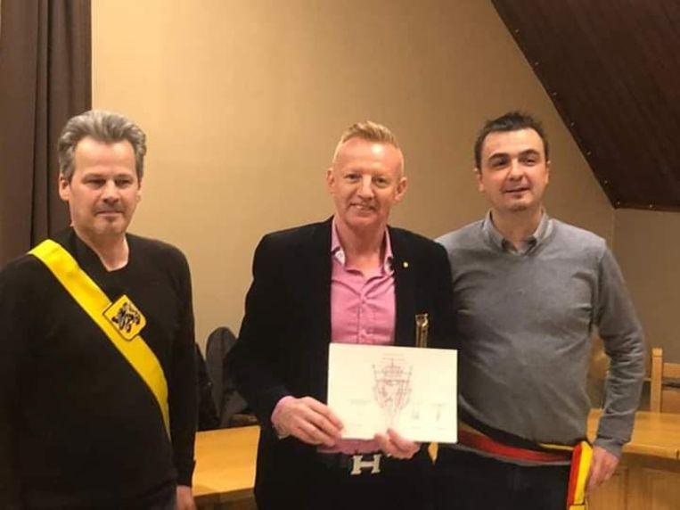 Luc Ver Elst met burgemeester en schepen.