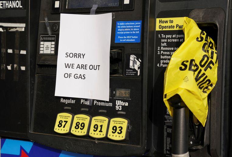 Van de Amerikaanse staten Florida tot Virginia zaten tankstations dit voorjaar even zonder brandstof als gevolg van een cyberaanval op Colonial Pipeline, een oliepijpleidingbedrijf.  Beeld Reuters