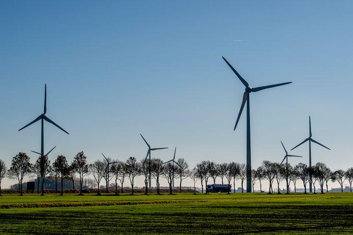 Windmolens van Eneco in Delfzijl.
