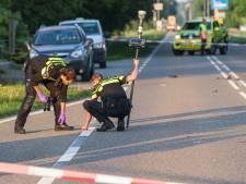 Hoe kan het dat een 6-jarig meisje en haar hond werden doodgereden op een polderweg als deze?