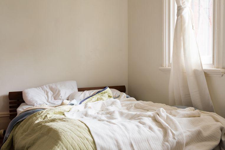Het aantal daklozen in Nederland is in tien jaar tijd verdubbeld. Veel van hen zijn voor een bed aangewezen op de gastvrijheid van vrienden en kennissen. Beeld Getty Images/EyeEm
