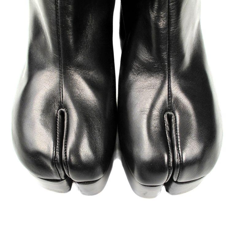 Een Belgische modeklassieker: de hoefschoen van Martin Margiela. Beeld Belgaimage