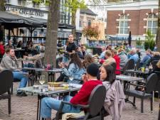 Binnenstad Apeldoorn begint op alternatieve nationale feestdag weer te bruisen: 'Voelt best vreemd'