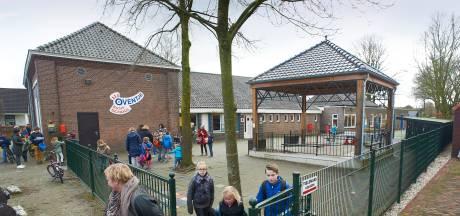 Basisschool Oventje in Zeeland denkt na over de toekomst, aantal leerlingen loopt sterk terug