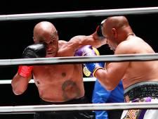 Bokslegende Tyson laat Jones bij rentree naar adem snakken