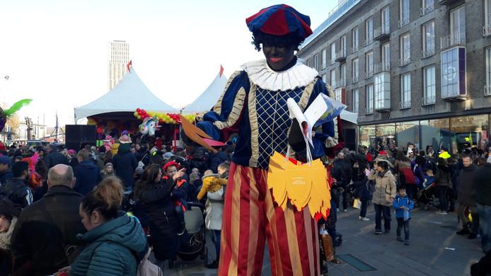 Intocht Sinterklaas op 18 Septemberplein Eindhoven