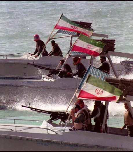 Iran entert Britse olietanker in Straat van Hormuz