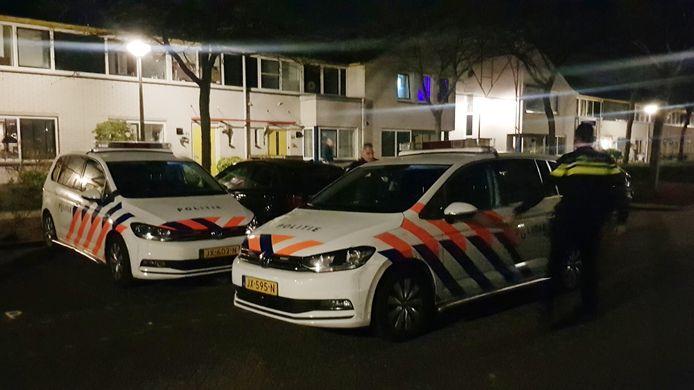 De politie deed dinsdagavond een inval in een woning in Zielhorst.