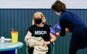 In het Zeeuwse Bruinisse werd half februari begonnen met het vaccineren van 63- en 64-jarigen tegen het coronavirus.