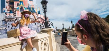 Jauge limitée, port du masque dès 6 ans et plexiglas: Disneyland Paris rouvre ses portes avec des mesures sanitaires renforcées