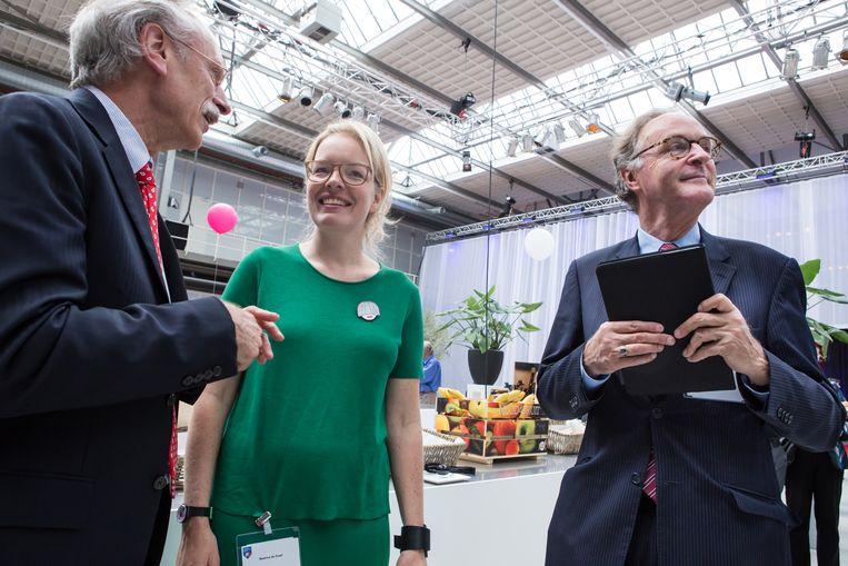 De voorzitters van de Nationale Wetenschapsagenda Beatrice de Graaf en Alexander Rinnooy Kan tijdens een voorbereidende bijeenkomst in 2015. Beeld Cigdem Yuksel