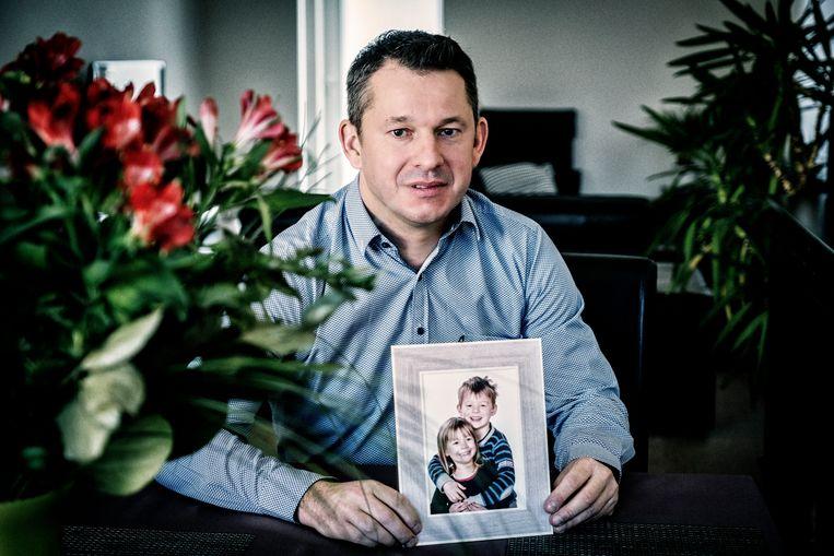 De ex van Stefaan Van Rumst nam hun kinderen mee naar Polen, daar zijn ze al vijf jaar. Beeld Tim Dirven