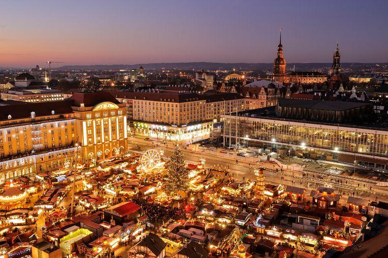 Kerstmarkt in Dresden Beeld Getty Images/Westend61
