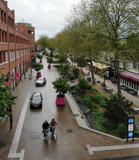 Grotestraat in Nijverdal regelmatig dicht voor auto's: 'Veiligheid van fietsers en voetgangers staat voorop'