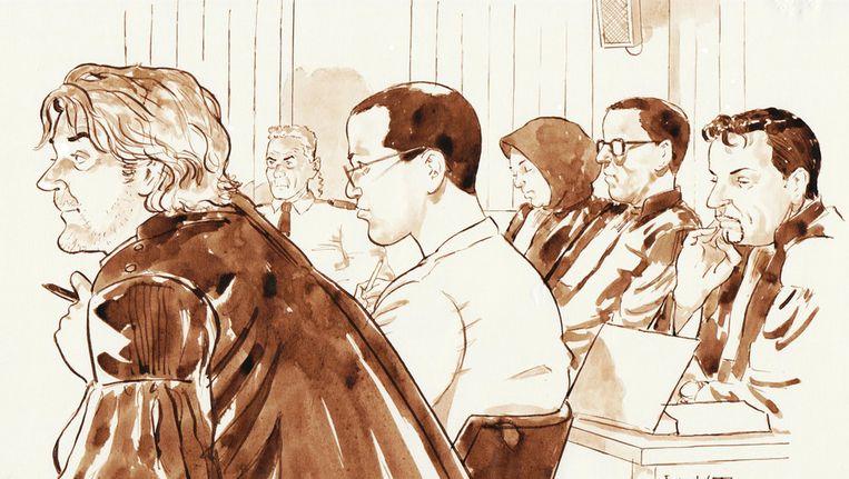 Jason W. in het midden tijdens het proces tegen de Hofstadgroep. Beeld