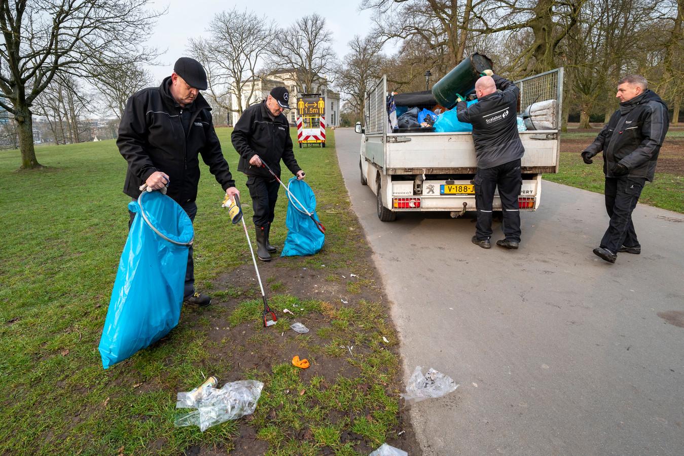 Park Sonsbeek ziet er weer pico bello uit na de opruimronde van de Scalabor-ploeg.