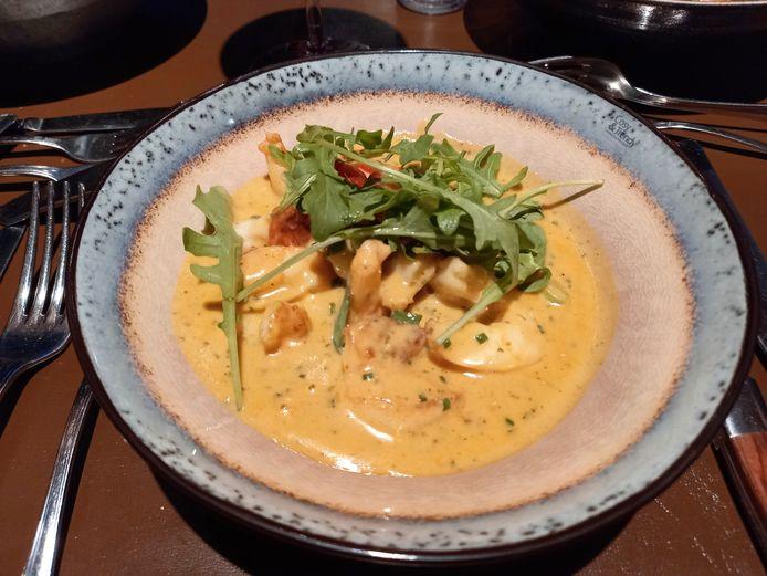 De scampi Thaïse curry met een heerlijke intense saus.